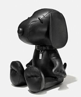 Coach X Peanuts Medium leather snoopy doll
